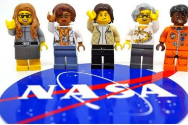 5 influential women scientists are now immortalised in Lego